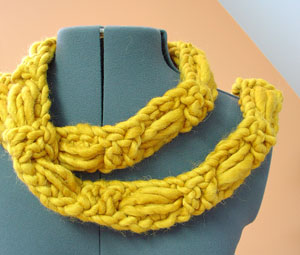 Knit Scarf Patterns, Knit Cowl Patterns: Knitted Scarf